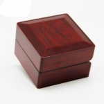 High quality wooden jewelry box ring box Luxury Jewelry Packaging Wooden Ring Box